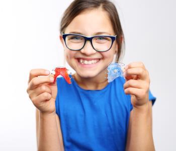 Kids orthodontics treatment from dentist in Mississauga
