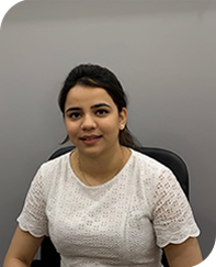 Simran -Receptionist and Scheduling Manager